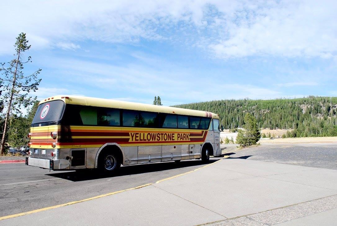 Yellowstone Park tourism