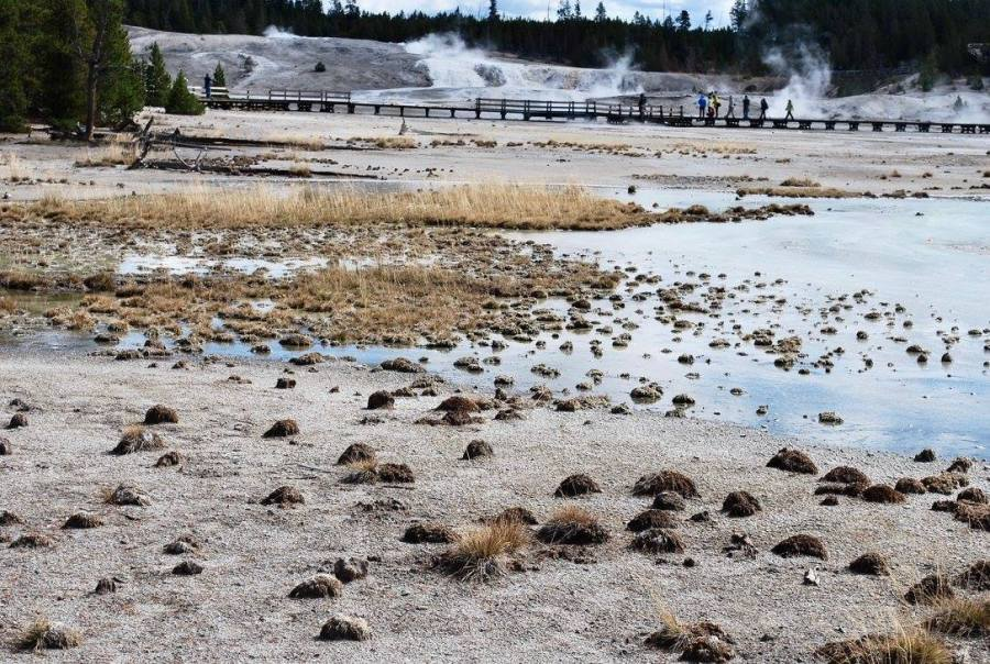 Bodies of water in Yellowstone National Park