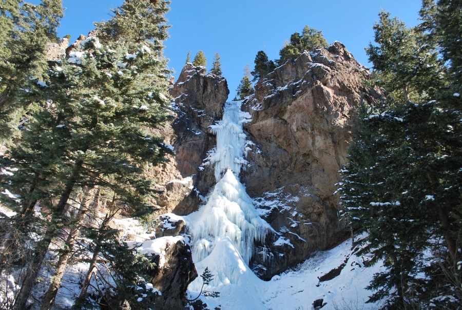 Frozen waterfall hike in Pagosa Springs