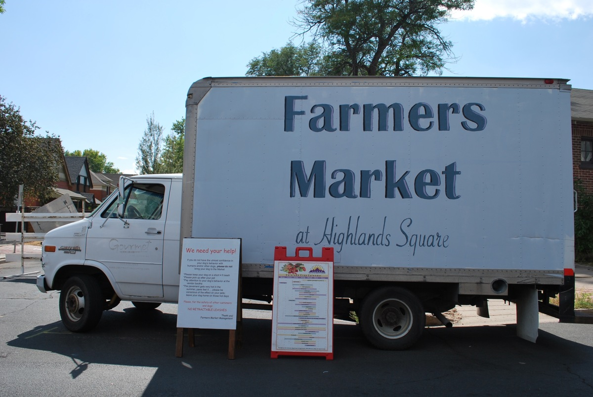 Farmers Market at Highlands Square