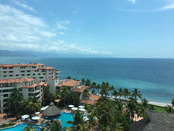 Sheraton Buganvillas Hotel Where to stay Puerto Vallarta